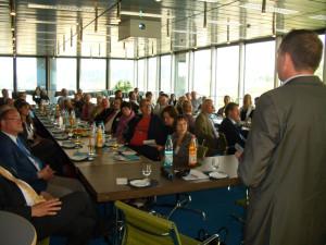 Bei einer Informationsveranstaltung von Online City Wuppertal für den lokalen Handel war die Resonanz groß