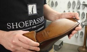 Mit einem neuen Reparaturservice schafft Shoepassion weitere Synergien zwischen Online und Offline