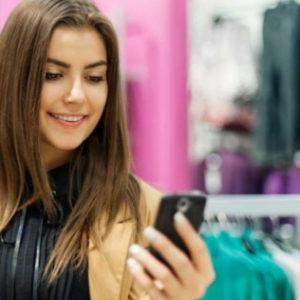 Q Smartphone Laden Store Mobile IG Beacon Retailer saviors-of-brickandmortar-retailers-ble-beacons-infographic-1-638