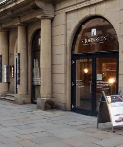 Gediegenes Umfeld: der Hamburger Store von Shoepassion befindet sich in den Colonnaden