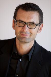 Carsten Schürg ist Leiter Marketing und PR bei SportScheck