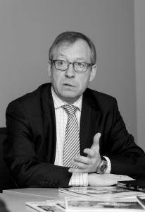 Professor Gerrit Heinemann
