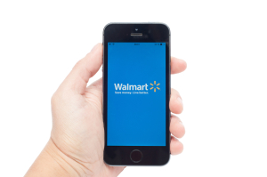 Walmart App Mobile Händler - shutterstock_227456665