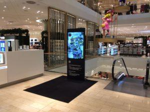 Breuninger-3d-Display